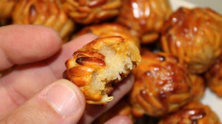 Els panellets de pinyó són l'autèntic sabor de la Castanyada