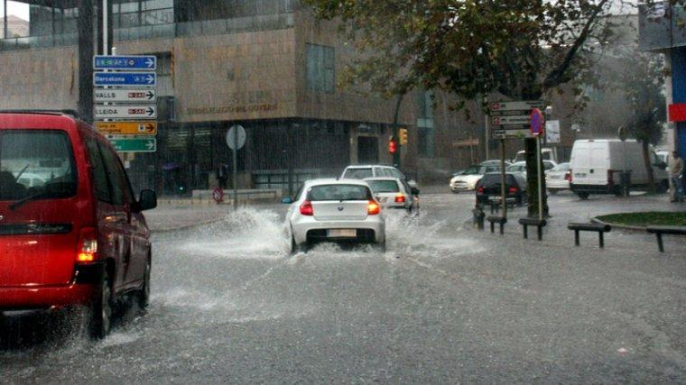 Els xàfecs intensos arribaran a diverses comarques aquest dimecres