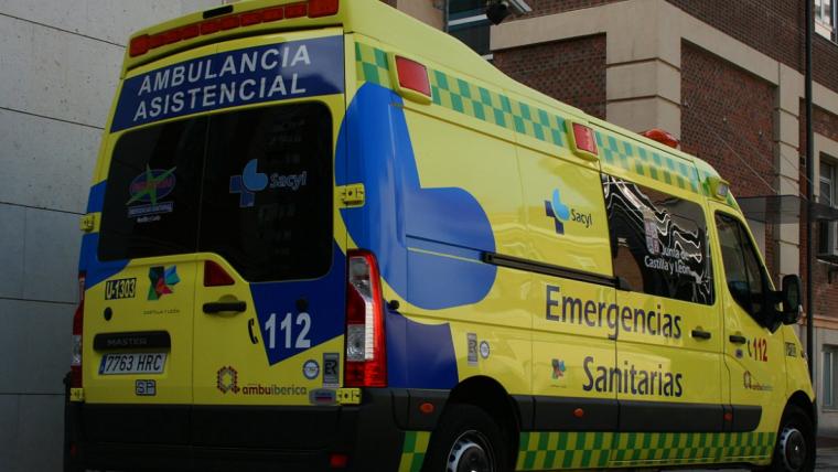 Imagen de archivo de una ambulancia Sacyl.