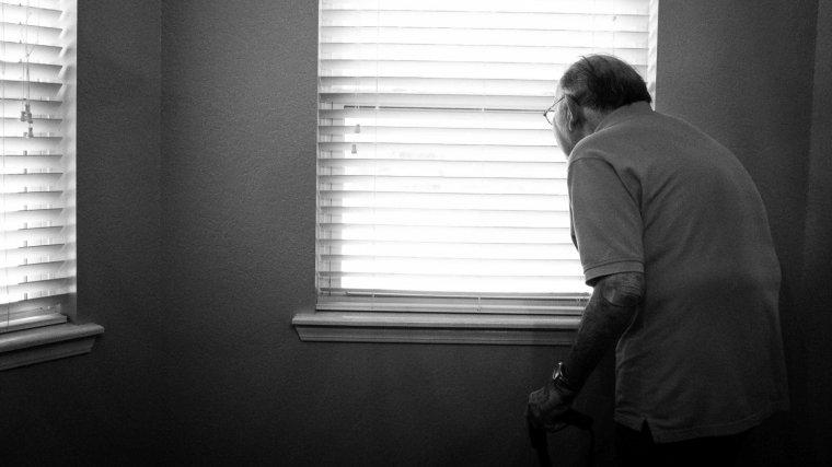 que es la demencia senil y sus sintomas