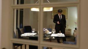 Carles Puigdemont passa gran part del seu temps a la Casa de la República de Waterloo