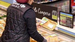Carrefour comercializa por primera vez en España pollo campero criado sin tratamientos antibióticos