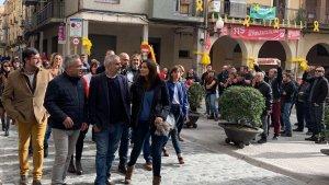 Carrizosa ha arribat a la plaça del Blat on l'esperaven els manifestants.