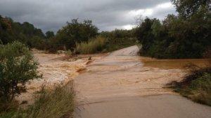El camí de Càlig ha sigut tallat a l'altura del riu Cèrvol