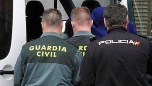 Imagen de archivo de agentes de la Policía Nacional y de la Guardia Civil