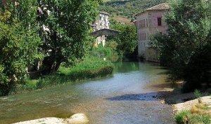 Imagen del río Ega a su paso por Estella (Navarra)