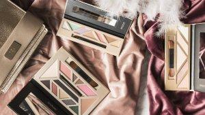 Paleta de maquillaje 'Full look' (a la izquierda) - Paleta de iluminadores Maquílla-T (a la derecha)