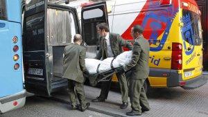 Traslado del cuerpo de Mario Biondo tras su fallecimiento