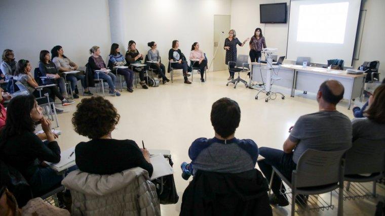 La primera sessió del curs 'Dol dels professionals'