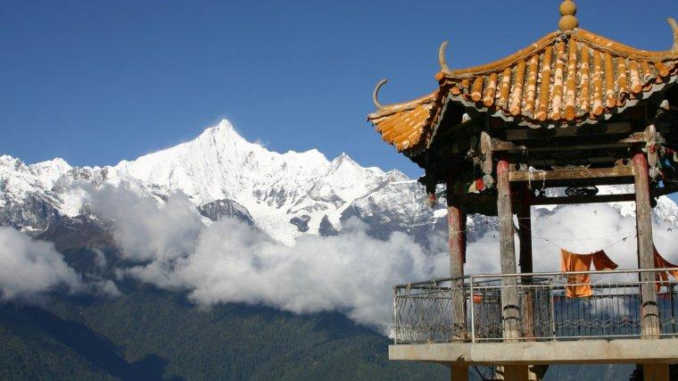 La sal del Himalaya se obtiene por extracción minera en las montañas pakistaníes al sur del continente asiático.