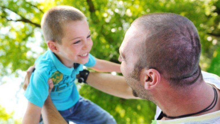 Els pares també podran reclamar l'IRPF de les seves prestacions