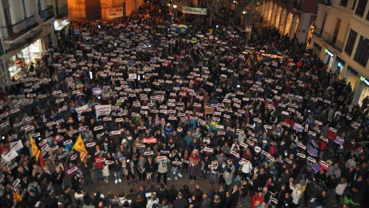 Una manifestació per la llibertat dels «presos polítics» a Vilafranca del Penedès