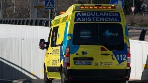 Imagen de archivo de una ambulancia de emergencias sanitarias Sacyl