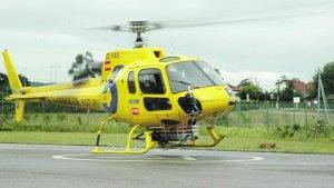 Imagen del helicóptero utilizado para la evacuación del hombre herido