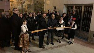 Després del pregó, el delegat del Govern a Tarragona, Óscar Peris, ha inaugurat les obres de diversos carrers.