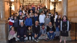 Dos nens i nenes de les 33 escoles de Tarragona han participat en l'acte