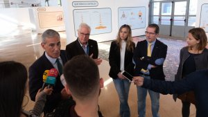 El director de Relacions Externes de Repsol Tarragona, Josep Bertran, ha clos avui la mostra.