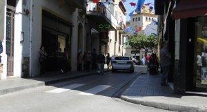 El pas de cotxes es tallarà a la meitat del carrer Prat de la Riba.