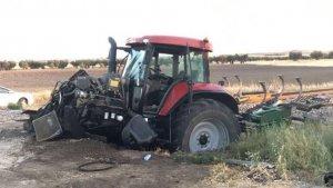 El tractor salió ardiendo tras el impacto