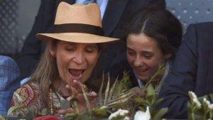 Elena de Borbón y su hija Victoria Federica comparte risas