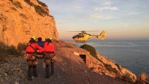Els Bombers han salvat un escalador que ha resultat ferit al Garraf