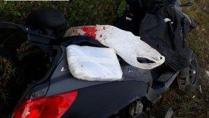 Els Mossos d'Esquadra han detingut un motorista accidentat per dur un quilogram de cocaïna