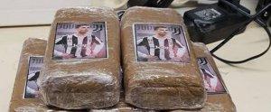 Els paquets de droga confiscats per la policia amb el rostre de Cristiano Ronaldo