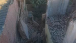Es desprén un edifici protegit d'Alberic, confrontat a les intal·lacions policials locals