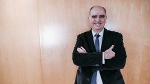 francesc Xavier Grau en un foto per l'entrevista