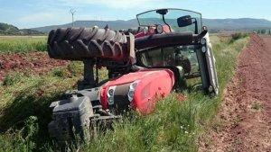 Imagen de archivo de un accidente de tractor
