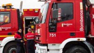 Los bomberos extinguieron las llamas y aseguraron las estructuras internas y externas del edificio