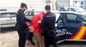 Imagen de la detención llevada a cabo por la Policía Nacional.