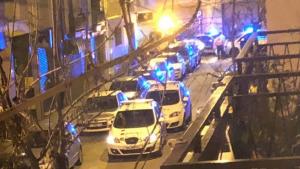 Imatge del dispositiu al carrer Vila-seca després del tiroteig a Reus.