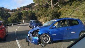 Imatge d'un dels vehicles implicats a l'accident al coll d'Alforja.