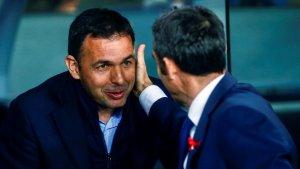 Javi Calleja i Ernesto Valverde, abans del partit entre el Barça i el Vila-real al Camp Nou.