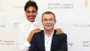 Jorge Javier junto a la doctora Electa Navarrete