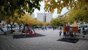 La plaça Catalunya de Sant Pere i Sant Pau està molt degradada.