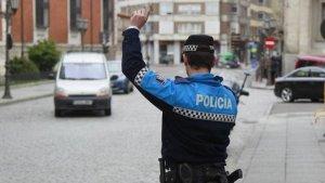 La Policía Local de Valladolid pudo detener al conductor que realizaba un trayecto en contra dirección por la A-62