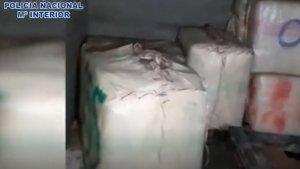 La Policía localizó más de 400 kilos de hachís escondidos en un zulo