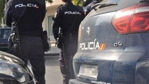 La Policía Nacional detuvo al agresor en el centro médico tras el aviso de los vigilantes de seguridad