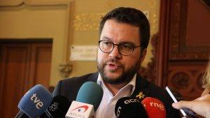 Pere Aragonès, vicepresident de la Generalitat, atenent avui a la premsa
