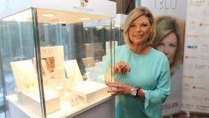 Terelu Campos junto a joyas de su marca TRLU