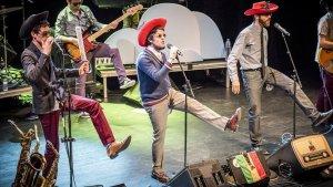 'The Penguins', en un dels seus espectacles de 'Reggae per xics'.