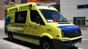 Tres heridos en una colisión entre dos turismos que después volcaron en Valladolid