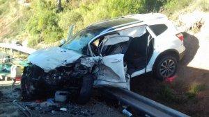 Un conductor ha mort després de col·lidir frontalment amb un altre vehicle al Bages