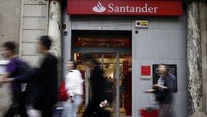 Una de las oficinas de Banco Santander en España