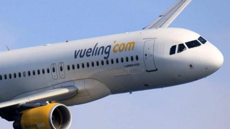 Diagnostiquen un brot de xarampió en cinc auxiliars de vol i un passatger de Vueling