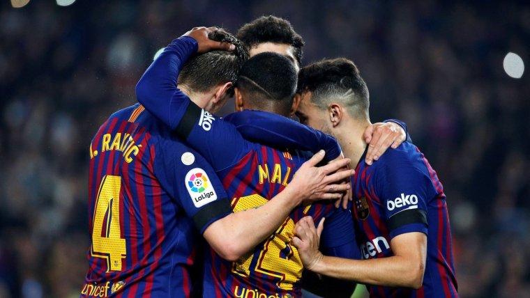 Els jugadors del Barça celebren un dels quatre gols marcats contra la Cultural Leonesa.