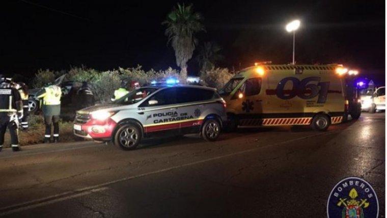 Imagen de los Bomberos del accidente en la carretera de Aljorra