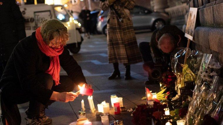 Las jóvenes han recibido numerosos homenajes des de su asesinato